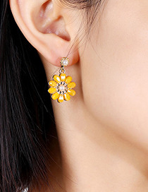 Fashion Red Flower Crystal Pearl Alloy Hollow Earrings