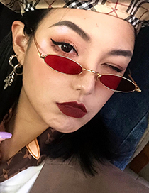 Fashion Red Oval Shape Decorated Sun Glasses
