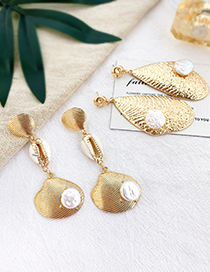 Fashion Gold Alloy Natural Pearl Shell Earrings