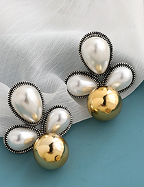Fashion White Alloy Pearl Resin Geometric Diamond Earrings