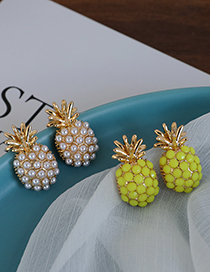 Fashion Pearl Alloy Pearl And Diamond Pineapple Stud Earrings