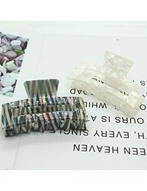Fashion White Ink And Wash Pattern Hollow Geometric Grip