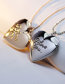 Fashion 18k Gold Letter Engraved Love Photo Box Necklace