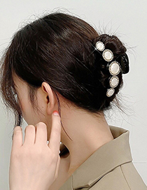 Fashion White Colored Glass Shell Metal Plate Hair And Hair Scratch