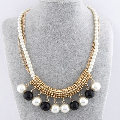 Concealed Gold Color Pearl Decorated Simple Design Alloy Bib Necklaces