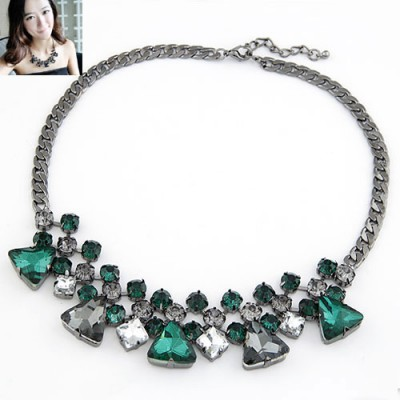 Bespoke Green Geometric Triangle Shape Design Alloy Bib Necklaces