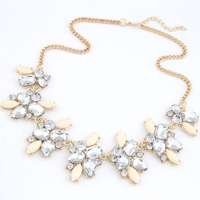 Outdoor Beige Geometric Shape Gemstone Decorated Alloy Bib Necklaces