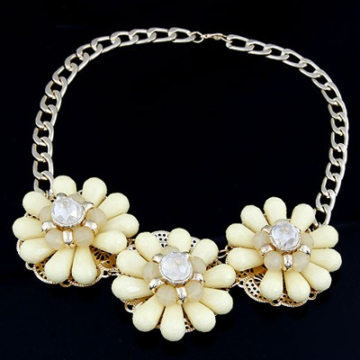 Used Yellow Three Big Flowers Decorated Alloy Bib Necklaces