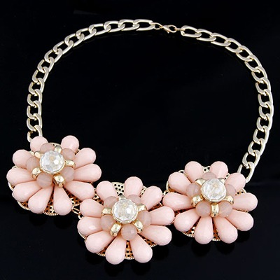 Scottish Pink Three Big Flowers Decorated Alloy Bib Necklaces