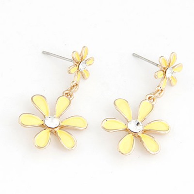 Profession Yellow Six Petal Flower Pendant Sweet Design Alloy Stud Earrings