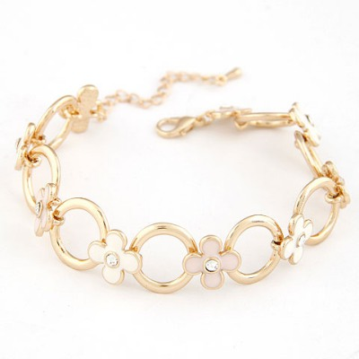 Hiking Pink Four Petal Grass Decorated Design Alloy Korean Fashion Bracelet