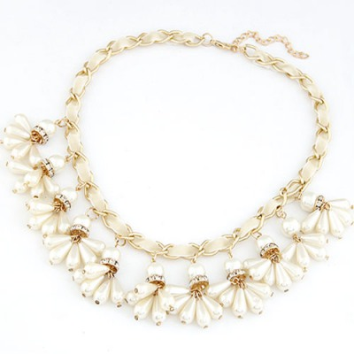 Costume White Pearl Weave Pendant Design Alloy Bib Necklaces