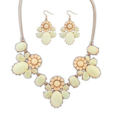 Fair Beige Sweet Flower Decorated Design Alloy Jewelry Sets