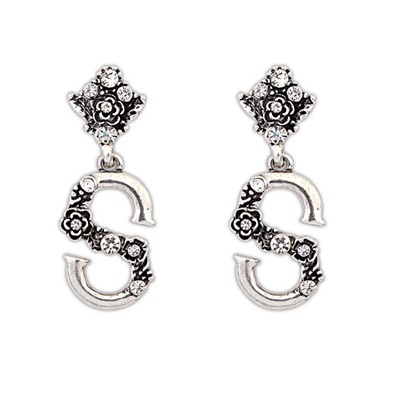 Upper Antique Vintage Letter S Design Alloy Korean Earrings