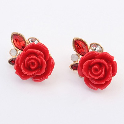 Exquisite Red Rose Shape Design