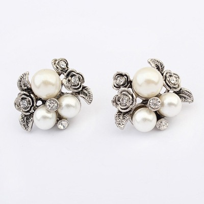 Monarch White Vintage Rose Decorated Design Alloy Stud Earrings