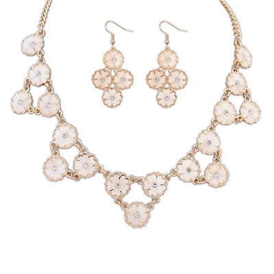Fashionabl Beige Flowers Decorated Design Alloy Jewelry Sets