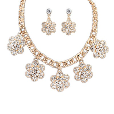 Glam Gold Color Flower With Diamond Decorated Design Alloy Jewelry Sets