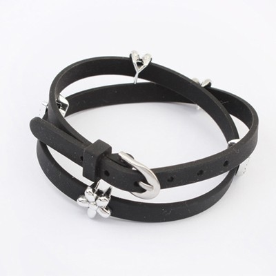Caterpilla Black Five Petal Flower Decorated Design Plastic Korean Fashion Bracelet