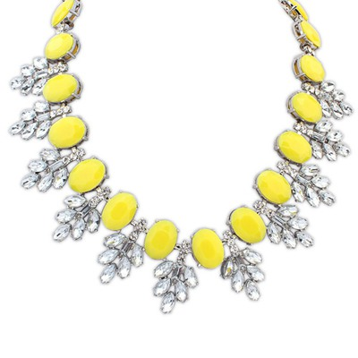 Fantasy Yellow Oval Shape Gemstone Decorated Design Alloy Bib Necklaces