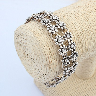 Doggie Antique Silver Double Layers Wintersweet Flower Design Alloy Korean Fashion Bracelet