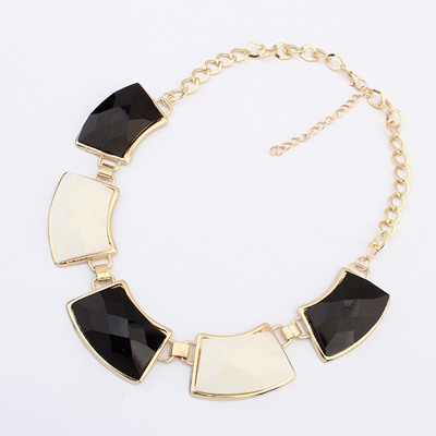 Dreamlike Black&White Geometric Shape Gemstone Decorate Design Alloy Bib Necklaces