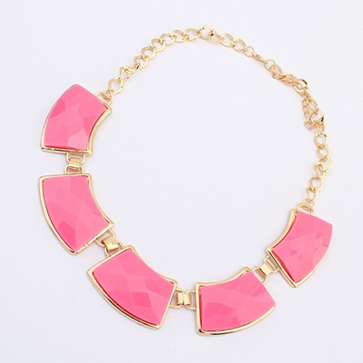 Blank Plum Red Geometric Shape Gemstone Decorate Design Alloy Bib Necklaces