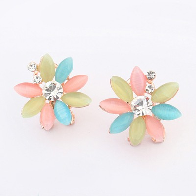 Wool White Flower Shape Simple Design Alloy Stud Earrings