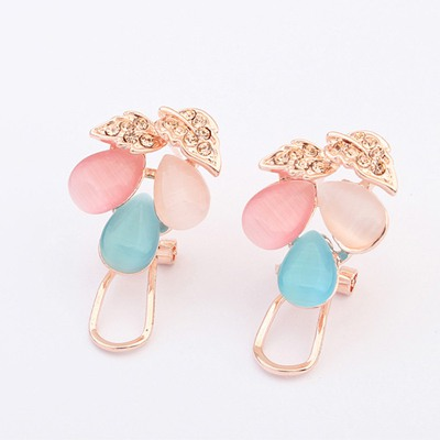 China Multicolor Gemstone Decorated Design Alloy Stud Earrings
