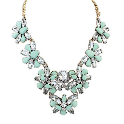 Wholesale Light Green Geometric Shape Gemstone Decorated Design Alloy Bib Necklaces