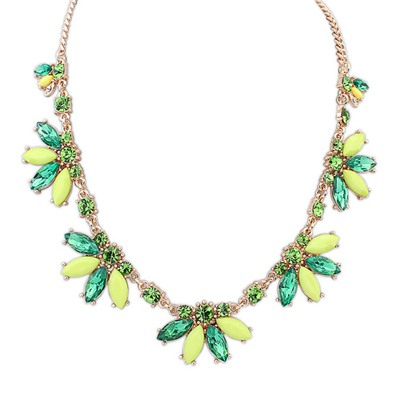 Ladies Green Sweet Acrylic Decorated Design Alloy Bib Necklaces