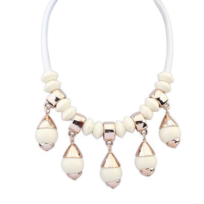 Jogging Beige Light Bulb Shape Gemstone Pendant Design CCB Bib Necklaces