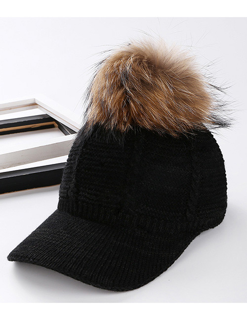 Fashion Black Ball Decorated Pom Cap