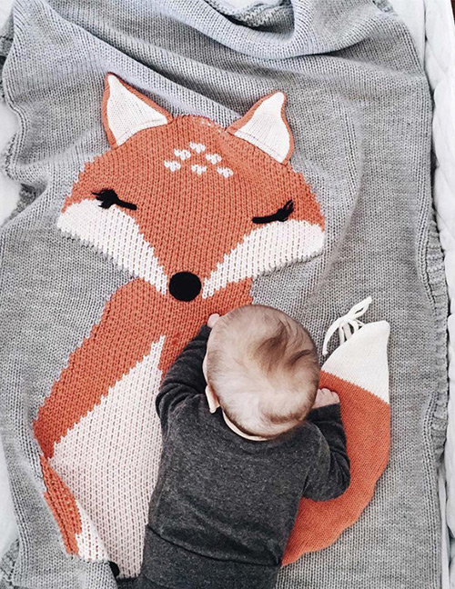 Fashion Orange Fox Pattern Decorated Blanket