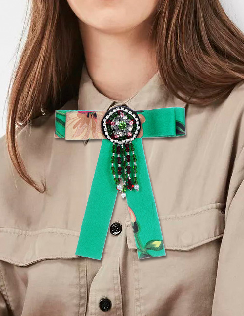 Fashion Green Tassel Decorated Bowknot Brooch