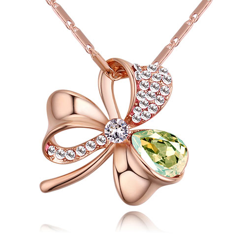 Fashion Green Flower Shape Decorated Necklace