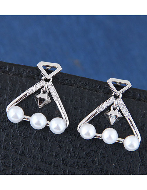 Sweet Silver Color Pearls Decorated Triangle Shape Earrings