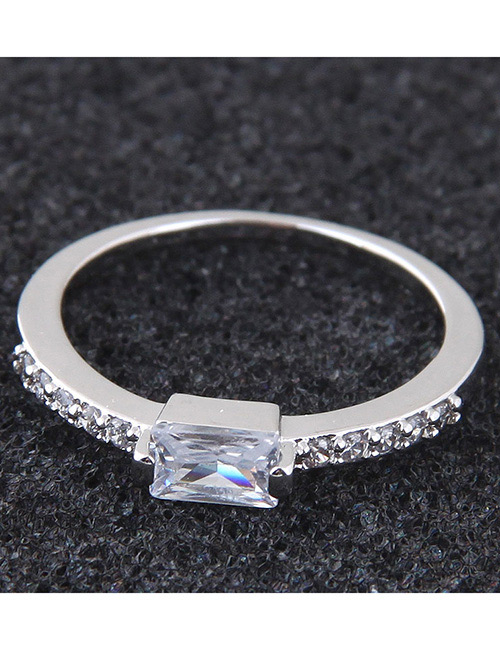 Simple Silver Color Square Shape Decorated Ring
