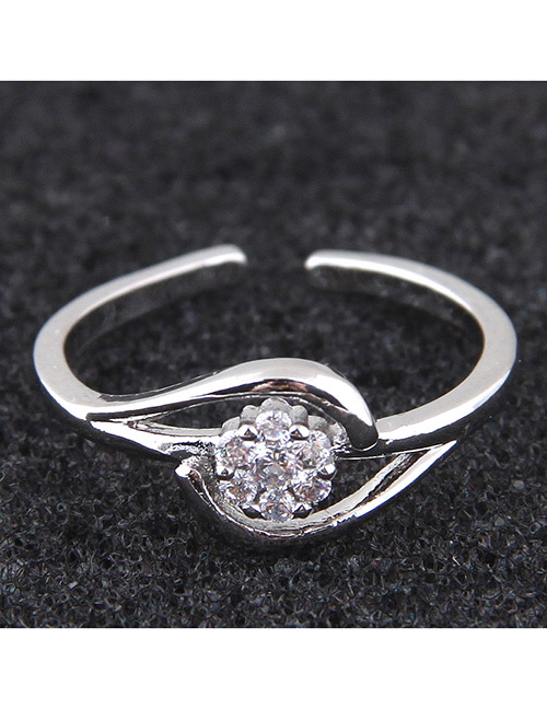 Elegant Silver Color Flower Shape Decorated Opening Ring
