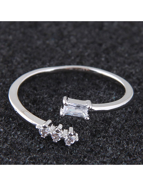Elegant Silver Color Diamond Decorated Opening Ring