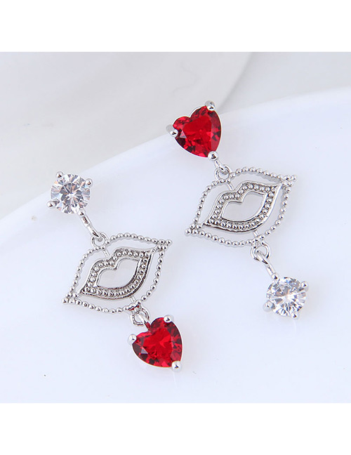 Elegant Red Lips Pendant Decorated Asymmetric Earrings
