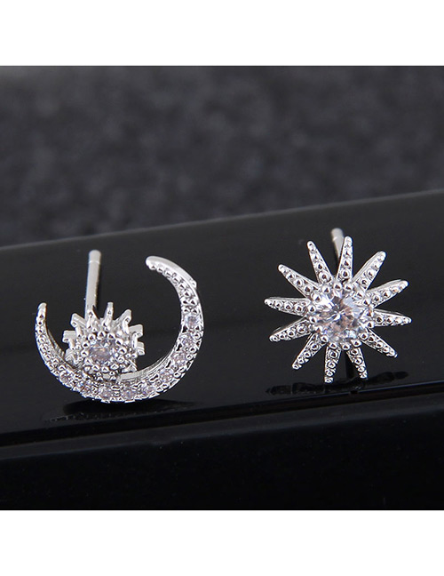 Sweet Silver Color Sunflower&moon Shape Design Asymmetric Earrings