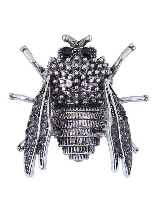 Elegant Silver Color Cicadidae Shape Design Simple Brooch