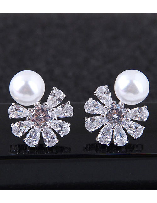 Fashion Silver Color Diamond&pearl Decorated Earrings