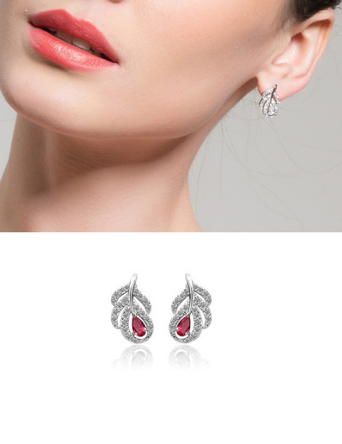 Fashion Red Full Diamond Design Leaf Shape Earrings