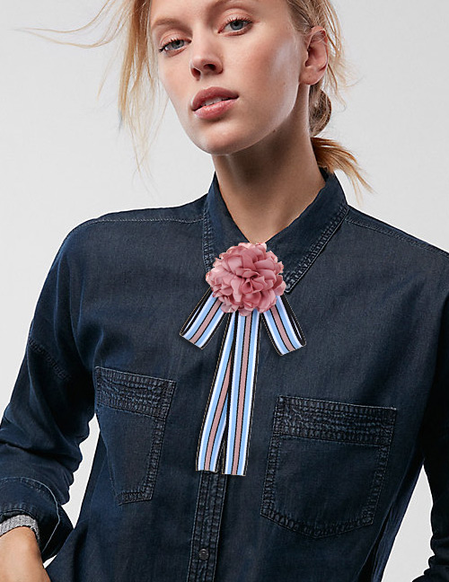 Trendy Blue Flower Decorated Bowknot Brooch