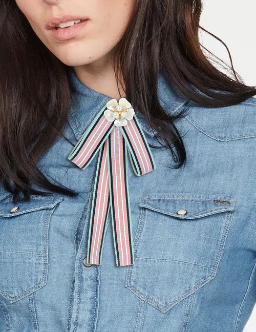 Trendy Pink Pearls Decorated Stripe Design Bowknot Brooch
