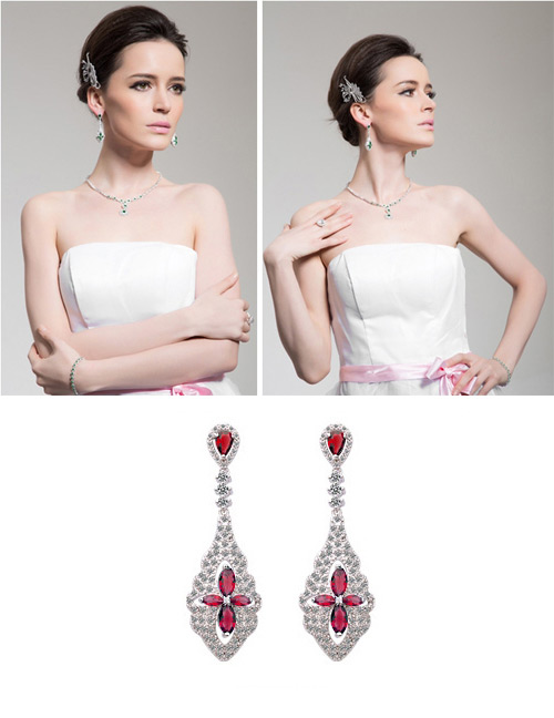 Exaggerated Red Flowers Shape Design Long Earrings