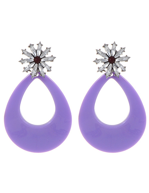 Fashion White Flower Decorated Hollow Out Earrings