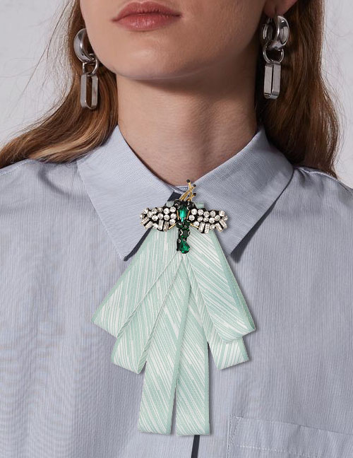 Fashion Light Green Dragonfly Shape Decorated Bowknot Brooch